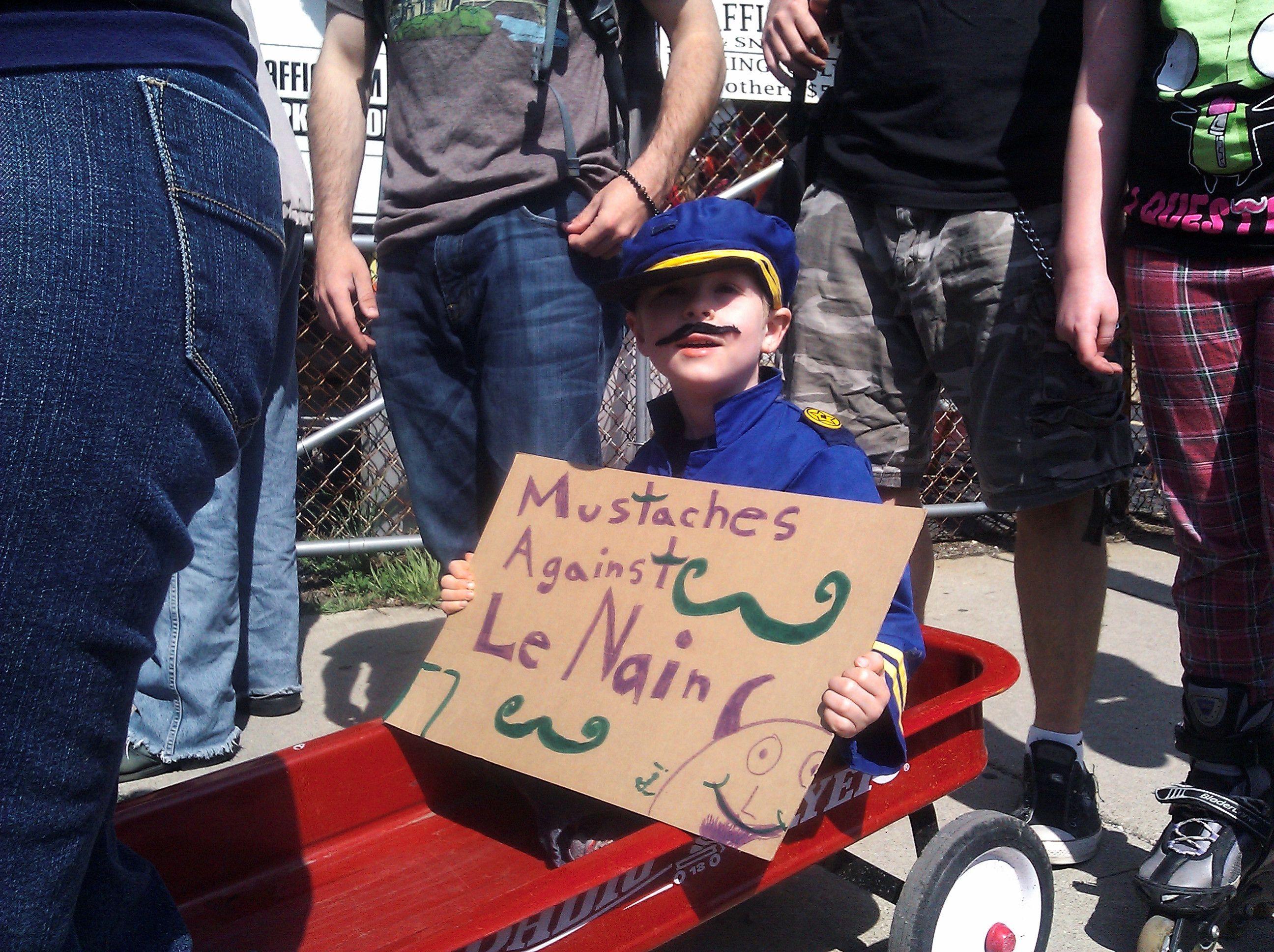 Marche du Nain Rouge 2012 Mustaches against le Nain