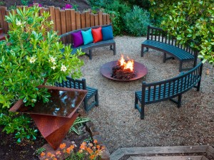 DP_Jane-Ellison-outdoor-fire-pit_s4x3_lg